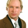thumbs anders behring breivik 5 Jew Loving Muslim Nazi Anders Breivik Wooed The EDL Other Liberals