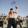 thumbs 15204841 Men whip themselves with knives at the Ashoura commemoration in Kabul (photos)