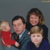 thumbs awkward family photos 24 Awkward family photos   the best of