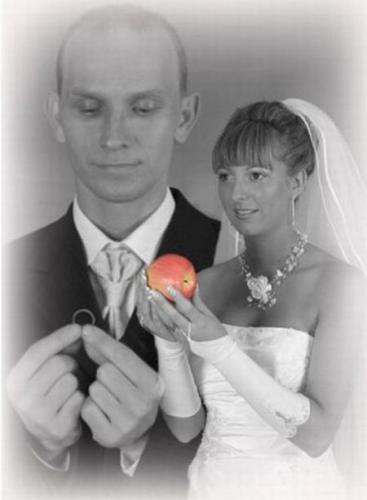 awkward-wedding-photos-3
