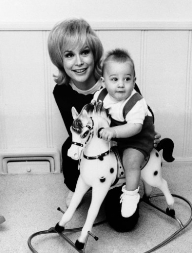 8989342 Barbara Eden   a life in rare photos