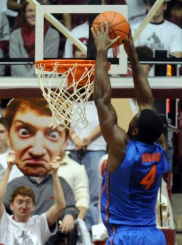 basketball faces 12 Basketballs big heads: a gallery of a sporting craze