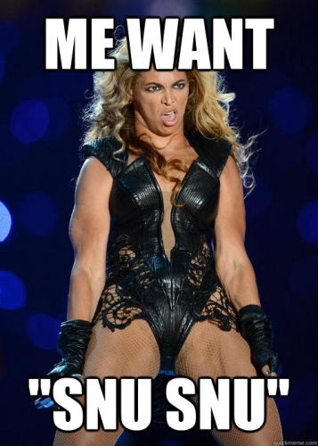3svx2y Beyonce Knowles Super Bowl derp and Mr Microphone show in photos