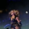 thumbs 15701845 Beyonce Knowles Super Bowl derp and Mr Microphone show in photos
