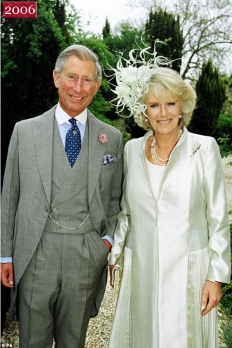 charles and camilla christmas Prince Charles Christmas cards   in photos