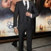 thumbs 9476804 Zac Efron Works The Reverse Tootsie Look At The Charlie St Cloud Premiere (Photos)