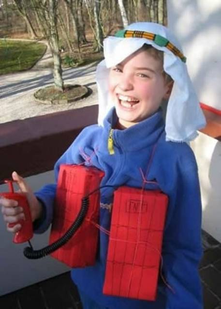 lil terrorist Most Disgusting Halloween Costumes Ever: Photos