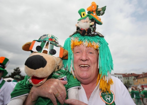 13805431 The best fan outfits at the European Championships   cross  dressing leprechauns for Jesus