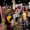 thumbs chixxx11 satpm 0044 700x466 In photos: the curious men and fans at the Exxxotica Expo