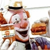 thumbs clown pickles 3 In the 1950s Heinz thought clowns would make pickles fun   they didnt (photos)
