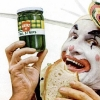 thumbs clown pickles In the 1950s Heinz thought clowns would make pickles fun   they didnt (photos)