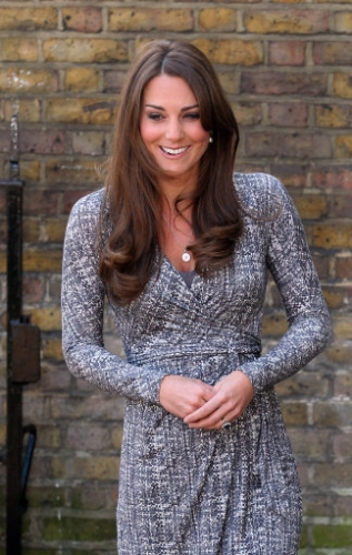 15845593 Duchess of Cambridge visits Hope House treatment centre   photos