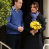thumbs 15321326 Why did Kate Middleton pose for these photos outside hospital?
