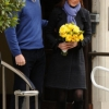 thumbs 15321340 Why did Kate Middleton pose for these photos outside hospital?
