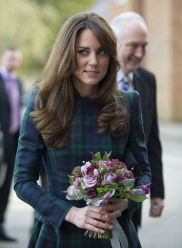 15266661 Kate Middleton visits St Andrews School in Pangbourne, Berkshire (19 photos)