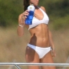 thumbs kate middleton bikini 0 Pregnant Kate Middleton shows off her bikini curves on holiday in Mustique: the fury!