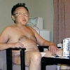 thumbs kim jong il relaxing1 12 Crazy facts about Kim Jong il