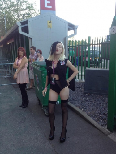 377619 4189423331104 2067570122 n Two great hours with Lady Gaga in Twickenham: the photos