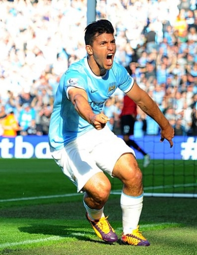 17682737 In photos: Manchester City thrash Manchester United in the Premier League