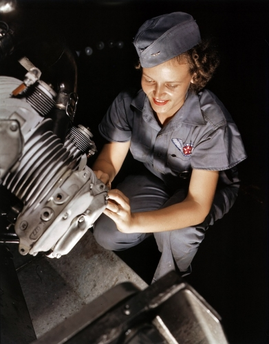 war 11 World War 2: The Office of War Informations pictures of women working on aircraft