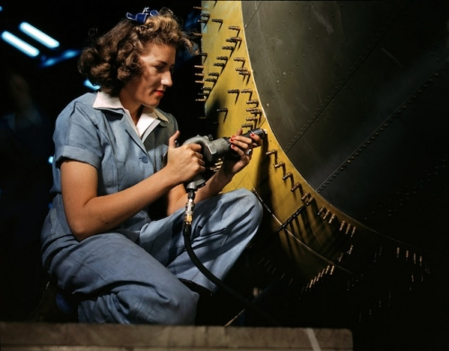 war 9 World War 2: The Office of War Informations pictures of women working on aircraft