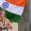 thumbs 15297870 Paris Hiltons third eye winks in India (photos and video)