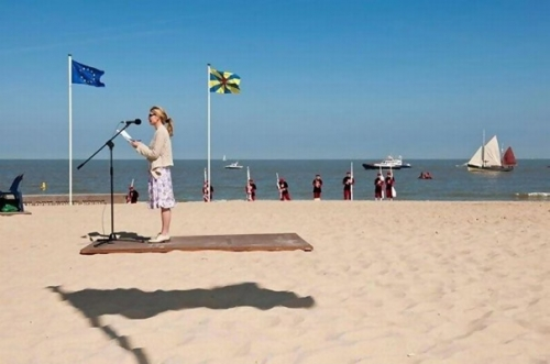 well timed photos 7 10 photographs taken at just the right moment