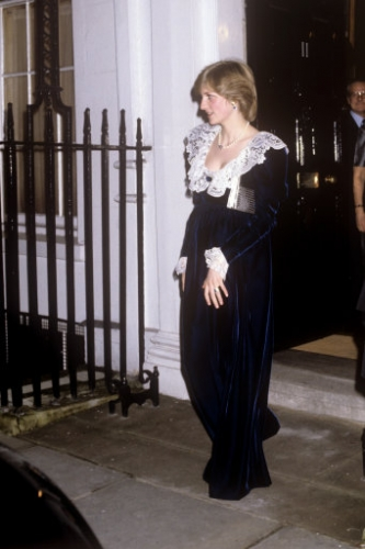 13190510 Princess Diana pregnancy photos