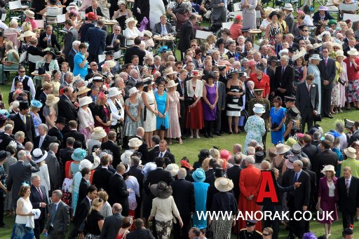 9202452 In Pictures: Queens Garden Party Buckingham Palace