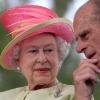 thumbs 9130291 Queen Elizabeth Gives Stephen Harper The Look: Pictures