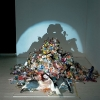 thumbs rubbish shadow sculptures 1 Shadow sculptures made of rubbish are brilliant (photos)