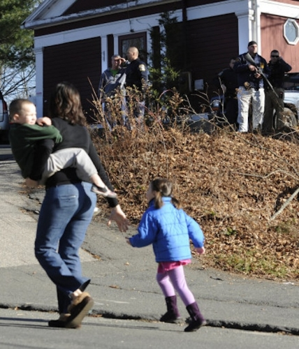15382417 Sandy Hook Elementary School massacre in photos