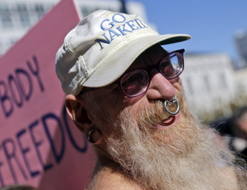 15158982 San Francisco bans public nudity for over 5s (photos)