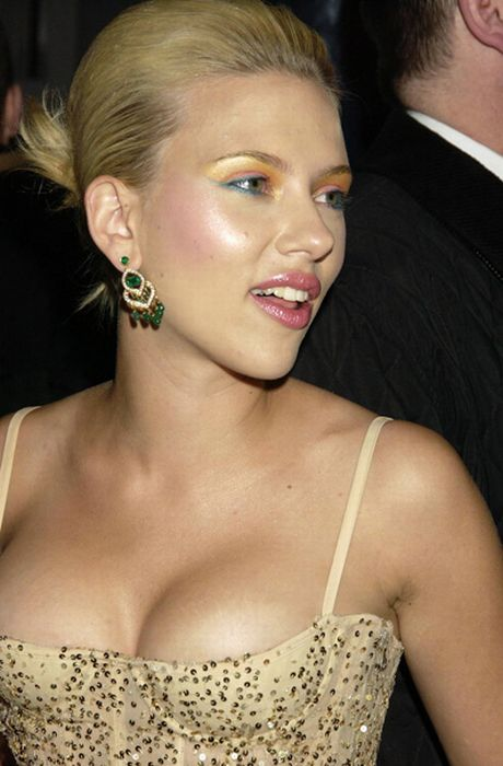 scarlett johansson 11 Scarlett Johansson is now known as Loobum: ScarJo is dead