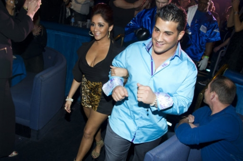 12622050 Snooki Polizzi goes boxing in the ring   photos