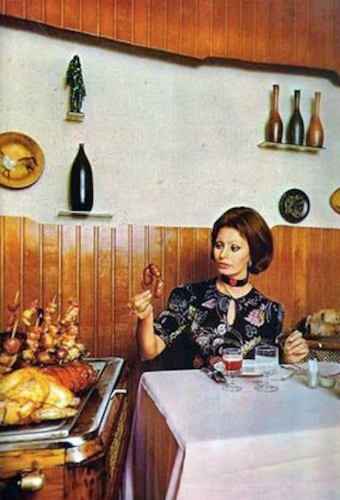 sophia loren 2 1971: Sophia Loren says Eat With Me (and my giant wooden cutlery ears)