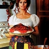 thumbs sophia loren 6 1971: Sophia Loren says Eat With Me (and my giant wooden cutlery ears)