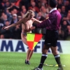 thumbs 1089090 Kiwi rugby coach Ruben Wiki tackles half time streaker (epic photo)