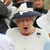thumbs 11137125 Diamond Jubilee laughs: 60 Years of The Queen being funny in photos