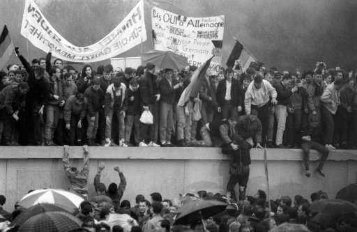 the rise and fall of the berlin wall The fall of the berlin wall ended 40 years of division between the capitalist west and the communist east here, 25 years later to the minute, is how it happened.