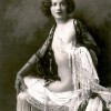 thumbs ziegfeld girls 11 The Ziegfeld Girls were Le Crazy Horse with skills (photos)