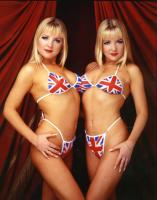 burton twins.thumbnail Big Brother: Amanda And Sam Marchants Twin Love