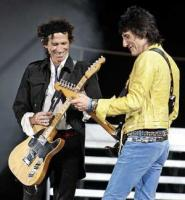 rolling-stones-keith-richards-ron-wood-2182005-boston_small.jpg