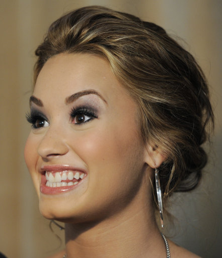 Pin Demi Lovato Teeth Job Image Search Results on Pinterest