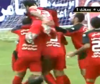 Screen shot 2011 11 01 at 14.34.10 Immoral Bottom Fingering Sees Two Persepolis Players Banned From Every Stadiums In Iran (Video)