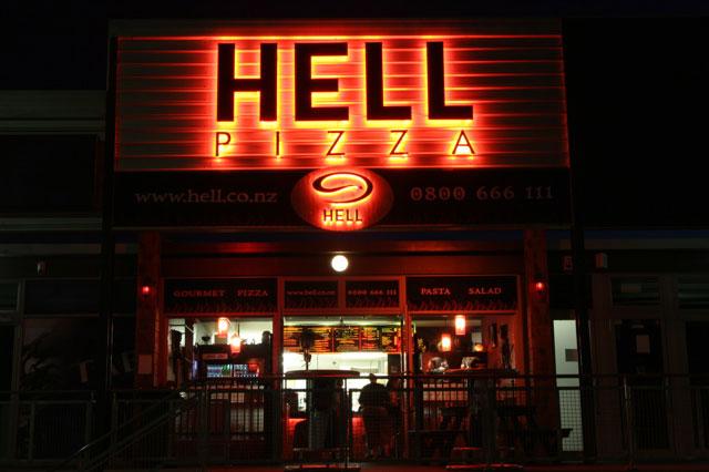 Anorak News Horror In Canterbury Pizza Hut Turns To Pizza