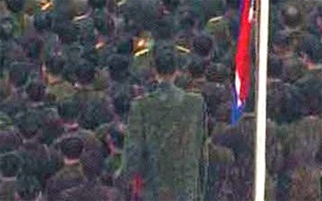 north korea soldier Giant North Korean soldier watches Kim Jong il ascend to heaven in 1976 Lincoln