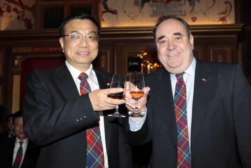salmonds blind eye Scotland Pays For Chinese Panda Bears With Fishy Salmon And Turning A Blind Eye To Norways Nobel Woes