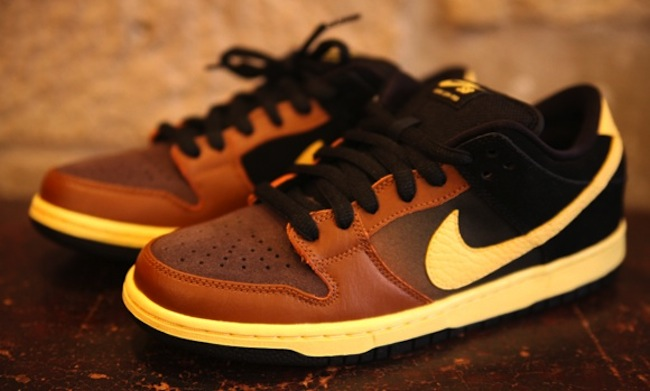 Nike SB Dunk Black Tan 1 The Nike Black And Tan for St Patricks Day   run from the police in style