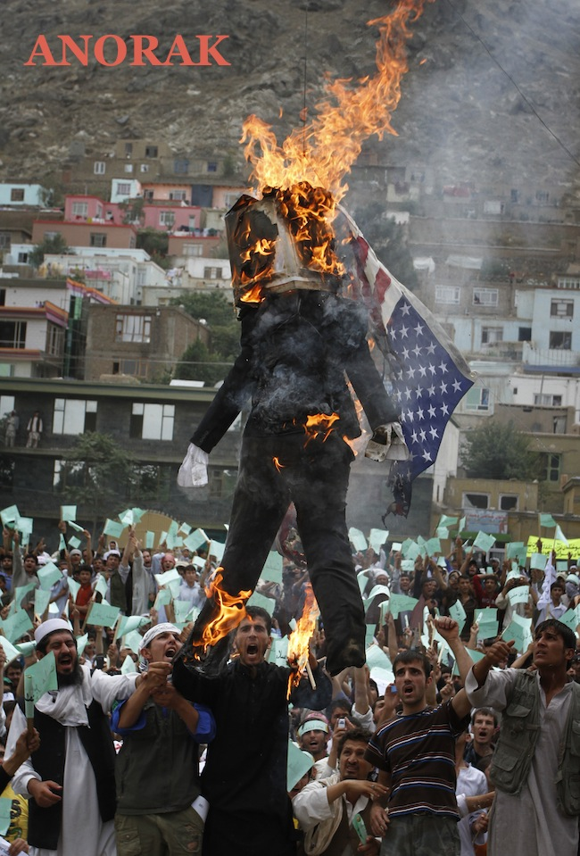 PA 9414493 The best Barack Obama burning effigies   Islamists go bonkers for Bonfire Night (photos)